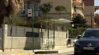 Nova marquesina per a la parada del bus urbà del Passeig de Ronda de Parets