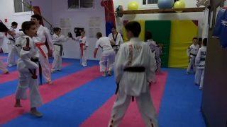 L'escola Lee Young de taekwondo de Parets obté 8 medalles al campionat d'Espanya