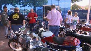 Trobada de motos clàssiques a Martorelles en homenatge a Ángel Nieto