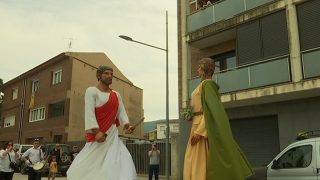 Els gegants de Vallromanes estrenen nova vestimenta