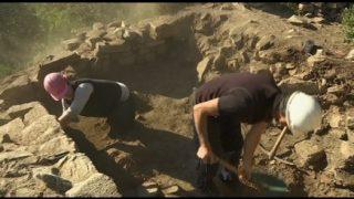 Unes excavacions descobreixen una nova zona del castell de Sant Miquel