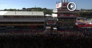 Lewis Hamilton es corona a Montmeló davant de 87.500 espectadors que van al Circuit