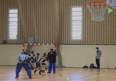Xavi Orois ensenya nous entrenaments al CB Montornès