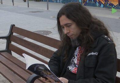 El martorellenc Ivan Allué reflexiona sobre el món del Heavy Metal al seu darrer llibre